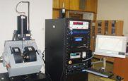 Sestava vibračního magnetometru