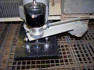 Zařízení pro škrcení toku protiběžnými ozubenými koly